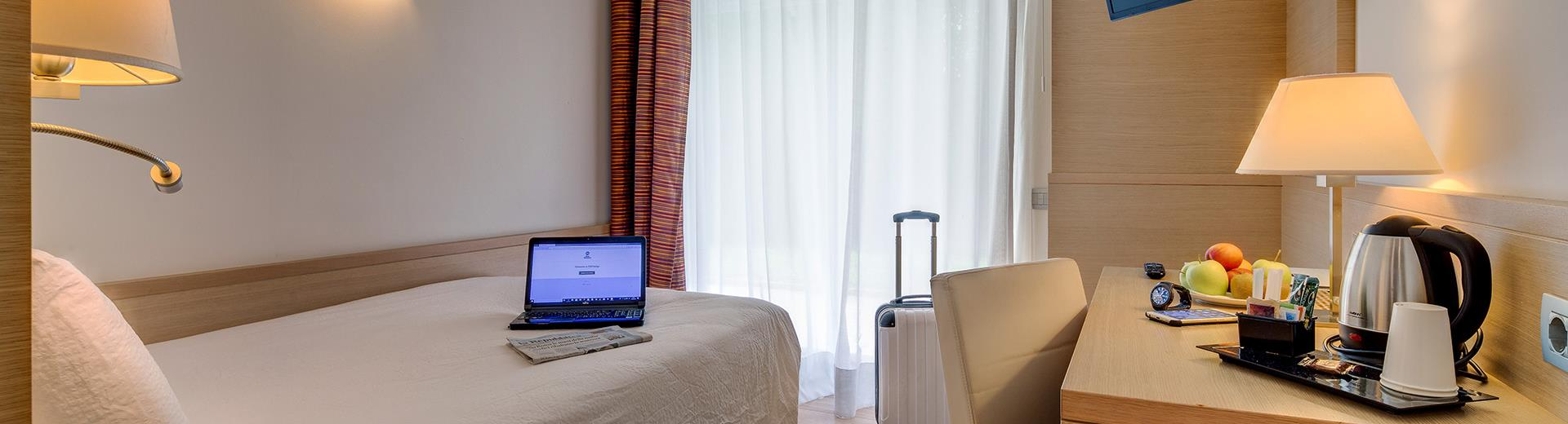 If you travel alone in Trento, enjoy the comfort of double single use of BW Hotel Adige: French bed and many amenities at your disposal. Book now!