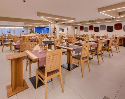 In the restaurant of the comfortable 4-star BW Hotel Adige in Trento, you can enjoy a delicious typical cuisine!